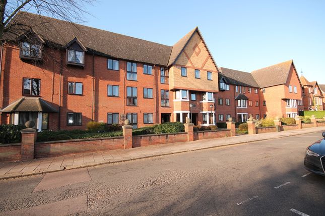 Thumbnail Flat for sale in The Limes, Linden Road, Bedford