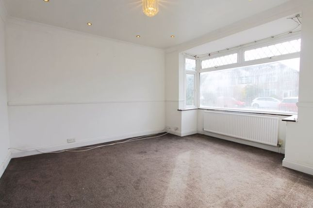 Thumbnail 4 bed end terrace house to rent in Kings Avenue, Greenford