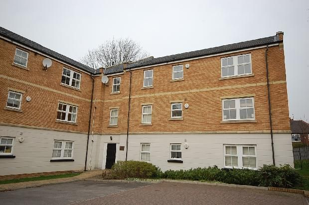 Thumbnail Flat to rent in Charnley Drive, Chapel Allerton, Leeds - Chapel Allerton