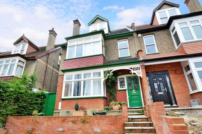 Thumbnail Semi-detached house to rent in Blenheim Crescent, South Croydon