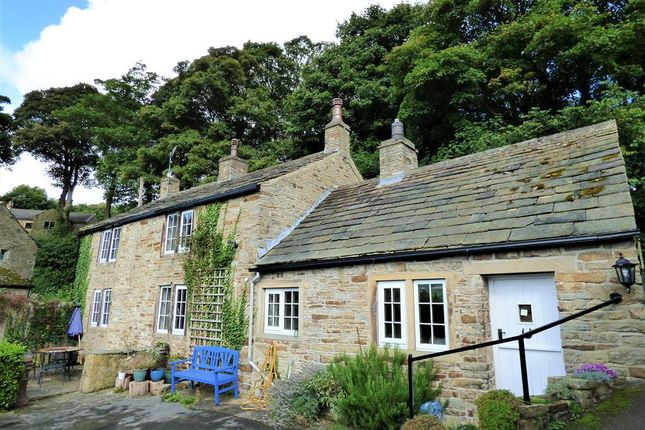 Thumbnail Detached house for sale in Hall Gardens, Kildwick, Keighley
