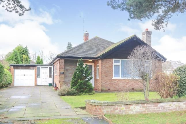 Thumbnail Bungalow for sale in Stanneylands Drive, Wilmslow, Cheshire