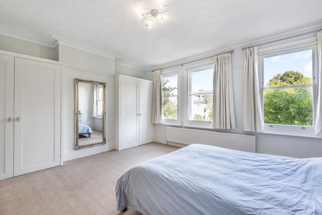 Bedroom of New Road, Reading RG1
