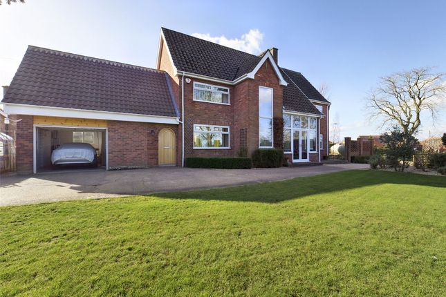 4 bed detached house for sale in Main Street, Thorpe-On-The-Hill, Lincoln, Lincolnshire LN6