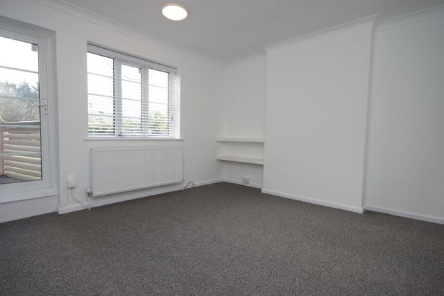 Thumbnail Flat to rent in Garden Close, Ruislip, Middlesex