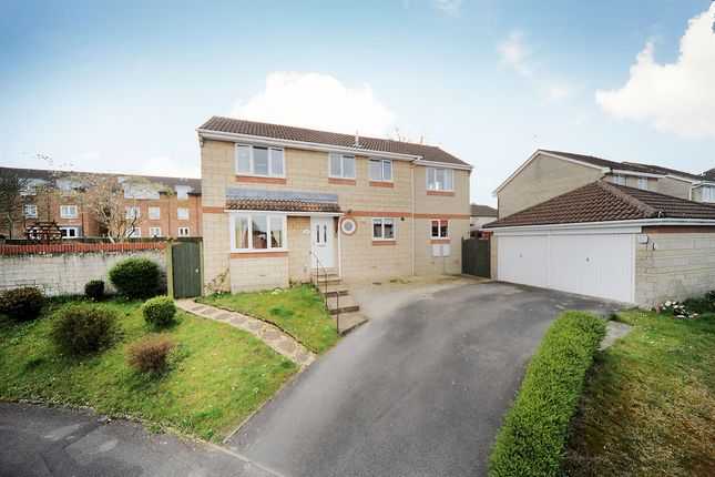 Thumbnail Detached house for sale in Locksgreen Crescent, Swindon