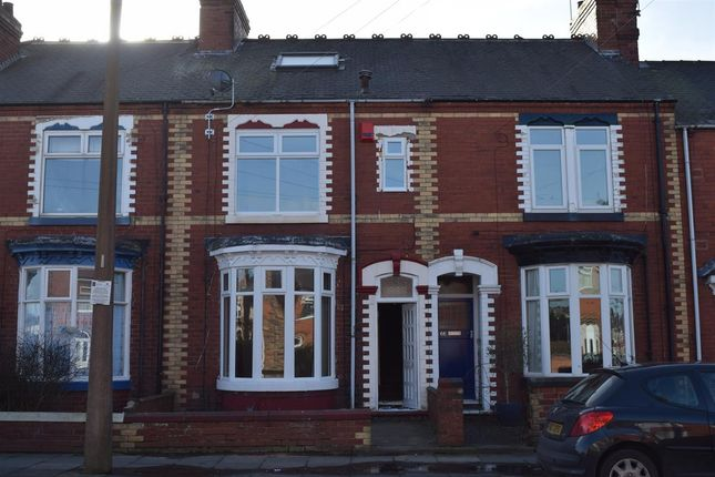Thumbnail Terraced house to rent in Wentworth Road, Doncaster