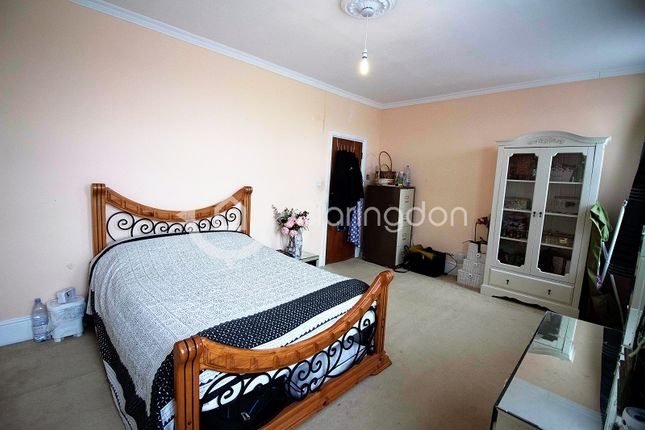 Thumbnail Property for sale in Barley Lane, Ilford, Essex.
