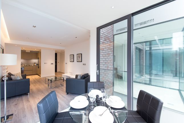 1 bed flat to rent in Satin House, Goodman's Fields, Aldgate