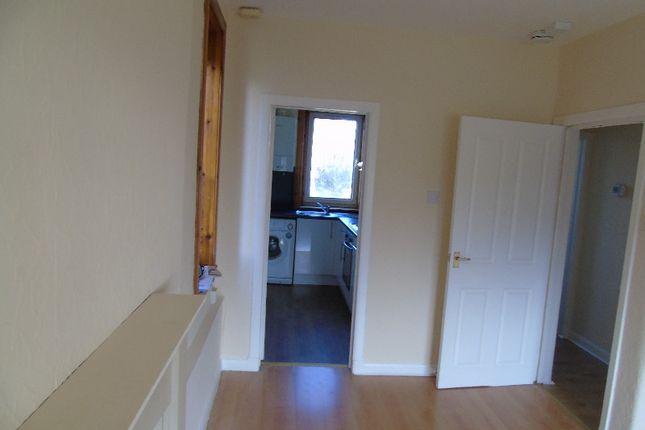 Photo 4 of Loaning Crescent, Craigentinny, Edinburgh EH7