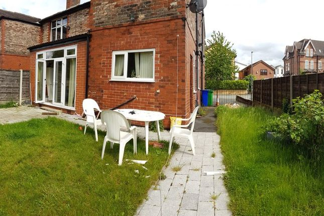 Thumbnail Terraced house to rent in Wellington Road, Fallowfield, Manchester