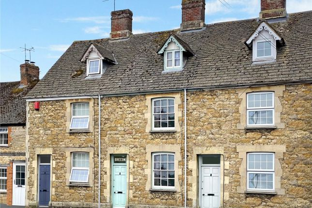 Thumbnail Town house for sale in Bromsgrove, Faringdon