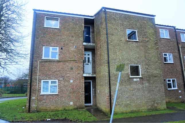 Thumbnail Flat for sale in Hunters Close, Kingsthorpe