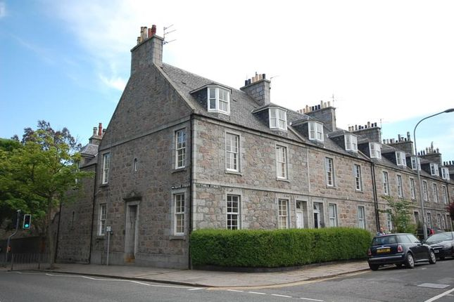 Thumbnail Flat to rent in Victoria Street, Aberdeen