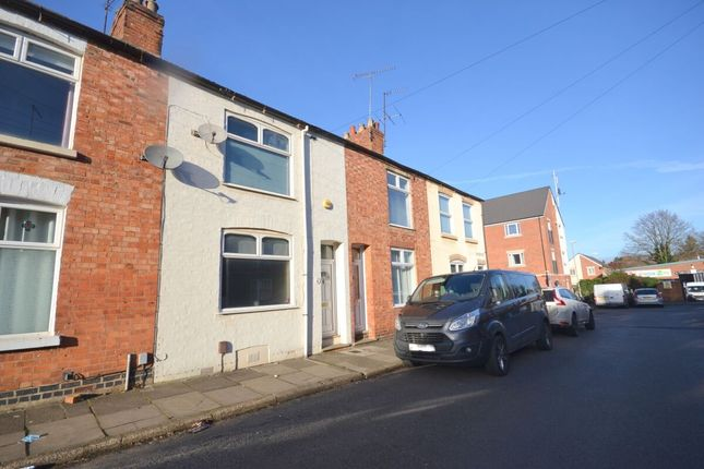 2 bed property to rent in Junction Road, Northampton NN2
