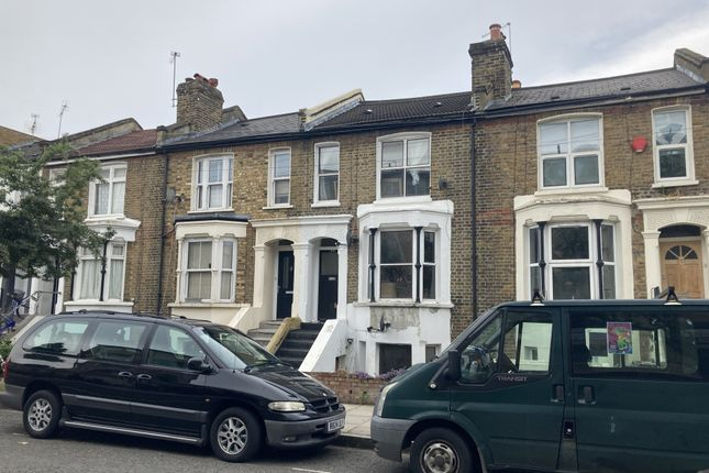 Thumbnail Property for sale in 275 Glyn Road, Clapton, London