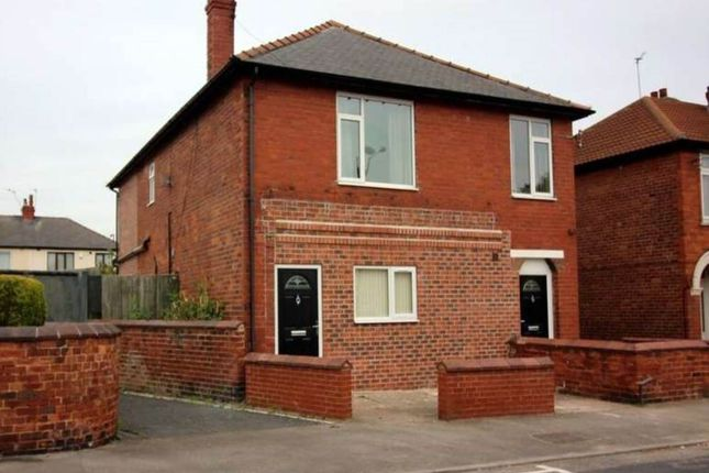 Thumbnail Studio to rent in St Helens Road, Belle Vue, Doncaster