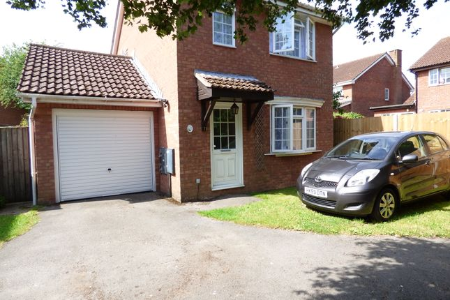 3 bed detached house for sale in Serle Close, Totton SO40