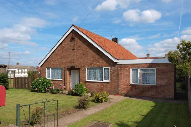 3 bed detached bungalow for sale in Main Street, Coddington, Newark