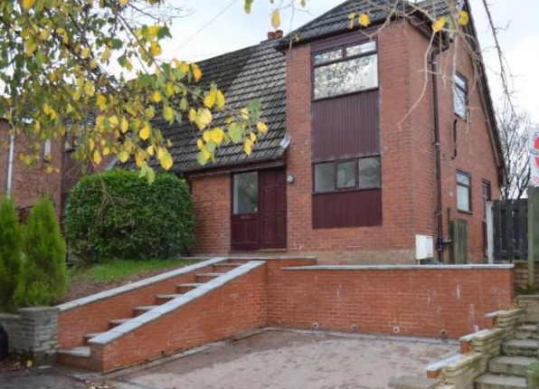 Thumbnail Flat to rent in Harefield Drive, Heywood