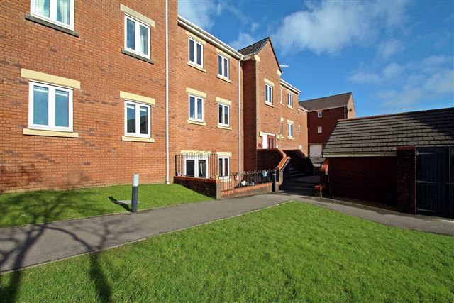 Thumbnail Flat for sale in Fleming Walk, Church Village, Pontypridd
