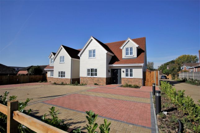 Thumbnail Detached house for sale in St. Johns Road, Locks Heath, Southampton