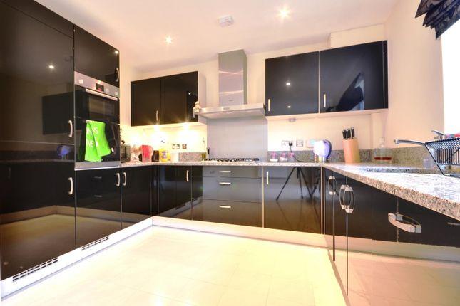 Thumbnail Property to rent in Storey Close, Ickenham Park