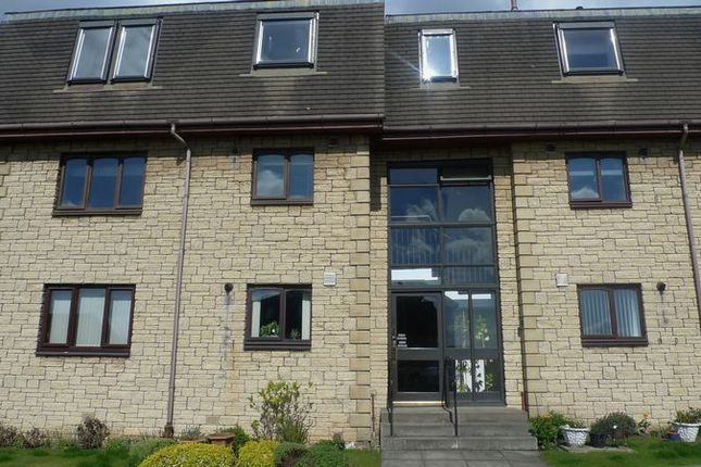 Thumbnail Flat for sale in James Grove, Kirkcaldy