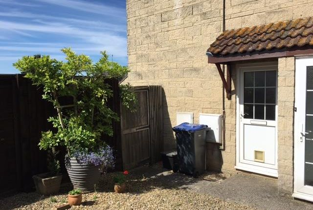 1 bed property to rent in Darcy Close, Chippenham SN15