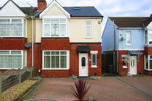 Thumbnail Semi-detached house for sale in Park Avenue, Waterlooville, Hampshire