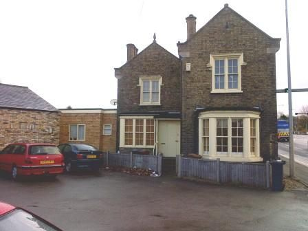 2 bed town house to rent in Canwick Road, Lincoln