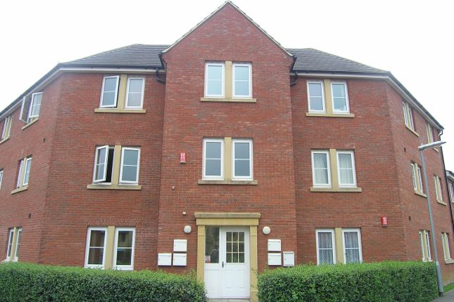 Thumbnail Flat to rent in Middlefield Road, Allington, Chippenham