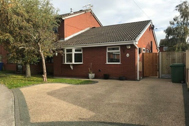Thumbnail Bungalow to rent in Dale Close, Warrington