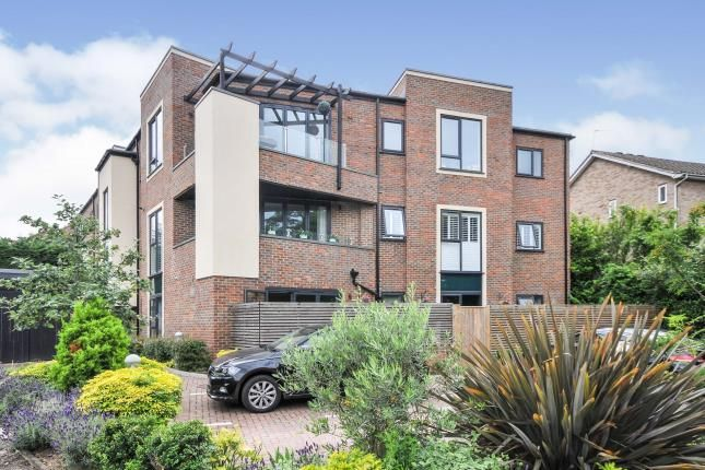 2 bed flat for sale in Downs Bridge Road, Beckenham, Bromley BR3