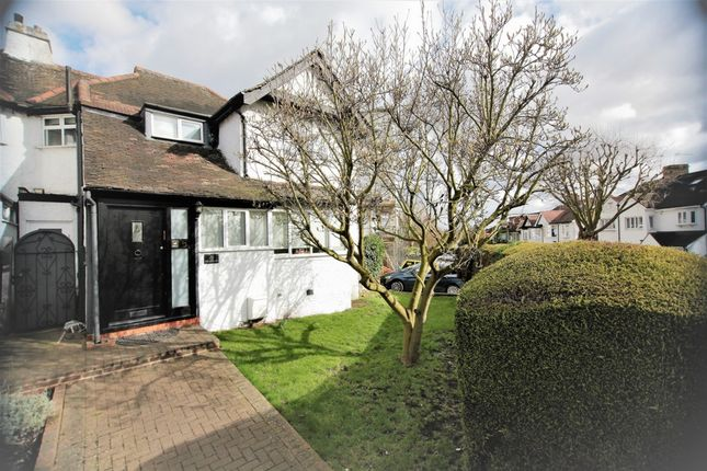 Thumbnail Semi-detached house for sale in The Approach, Hendon