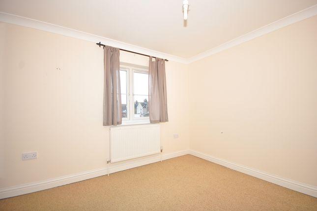 Bedroom of Holborough Road, Snodland ME6