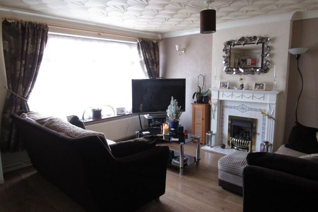 Thumbnail Detached house for sale in The Bridle, Glen Parva, Leicester