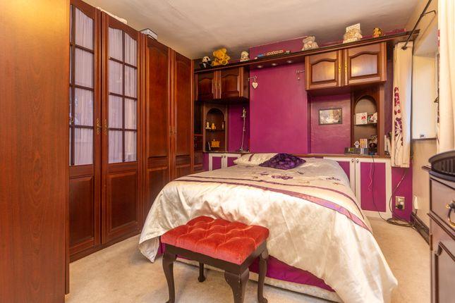 Bedroom Two 01 of Aldershot Road, Ash, Surrey GU12