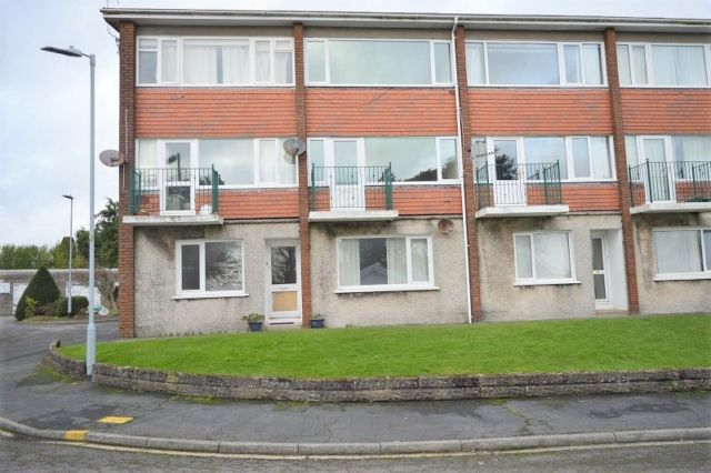 Thumbnail Maisonette to rent in Grove House, Clyne Close, Mayals
