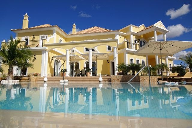 Thumbnail Villa for sale in Portugal, Algarve, Vilamoura