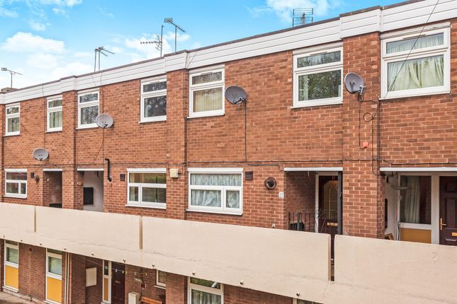 Thumbnail Property for sale in St. Giles View, Pontefract