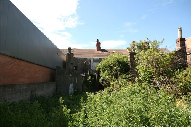 Picture No. 02 of Cleethorpes Road, Grimsby DN31