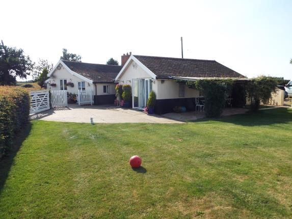 Thumbnail Bungalow for sale in Hingham, Norwich, Norfolk