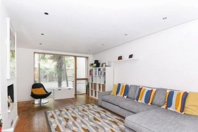 Thumbnail Property to rent in Sloane Mews, Aubrey Road, Crouch End