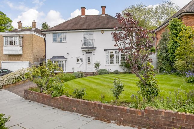 Thumbnail Property for sale in Hitherwood Drive, Dulwich, London