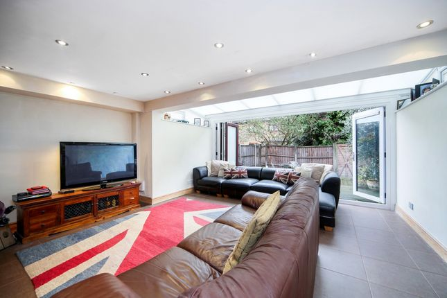 Thumbnail Terraced house to rent in Rotherhithe Street, London