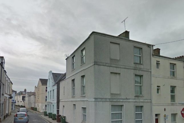 Thumbnail Flat to rent in Deptford Place, North Hill, Plymouth