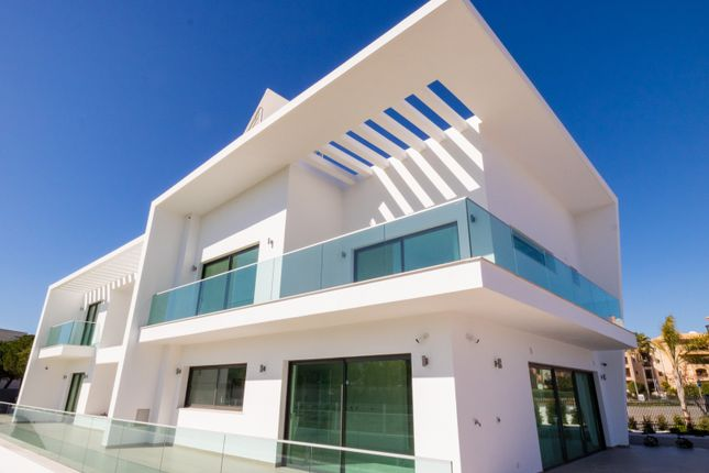 Thumbnail Villa for sale in Vilamoura, Loulé, Portugal