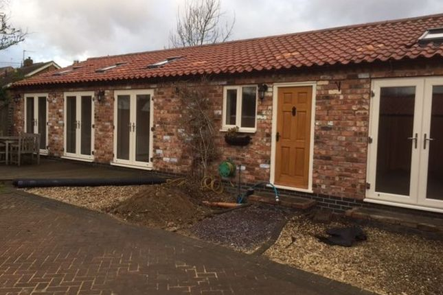 Thumbnail Bungalow to rent in Middle Street, Metheringham, Lincoln