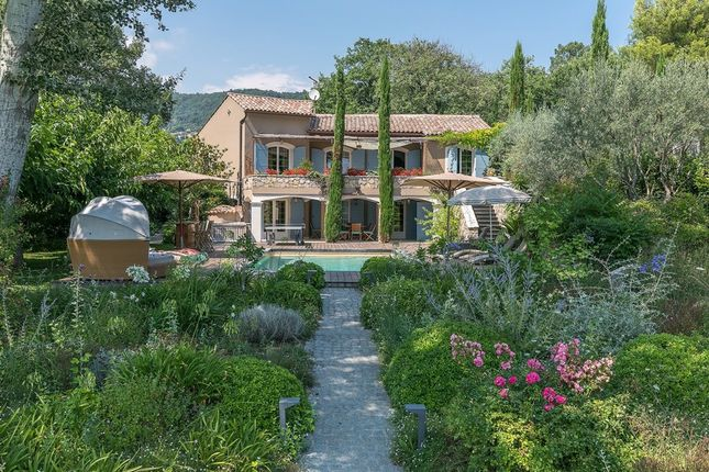 Villa for sale in Chateauneuf - Grasse, French Riviera, France